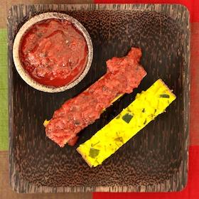 Flan de courgettes et sauce tomates aux épices